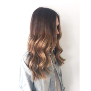 Waves styling with balayage