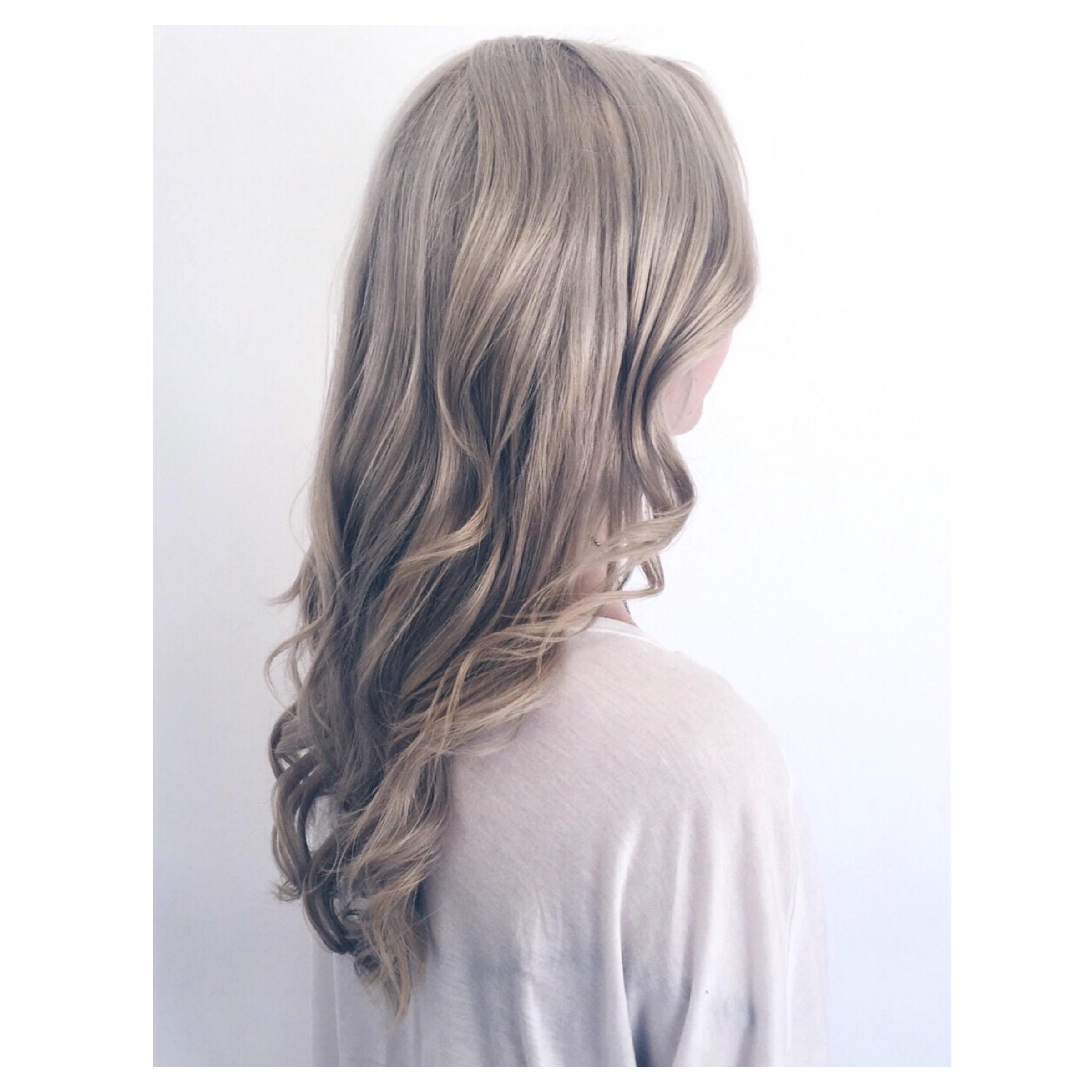 silver blonde hair yots hair. Black Bedroom Furniture Sets. Home Design Ideas